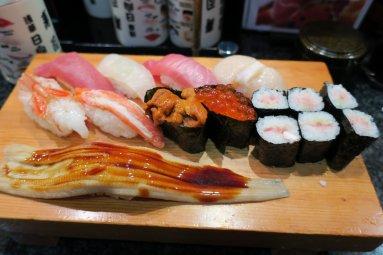 特上寿司(九貫・一本)