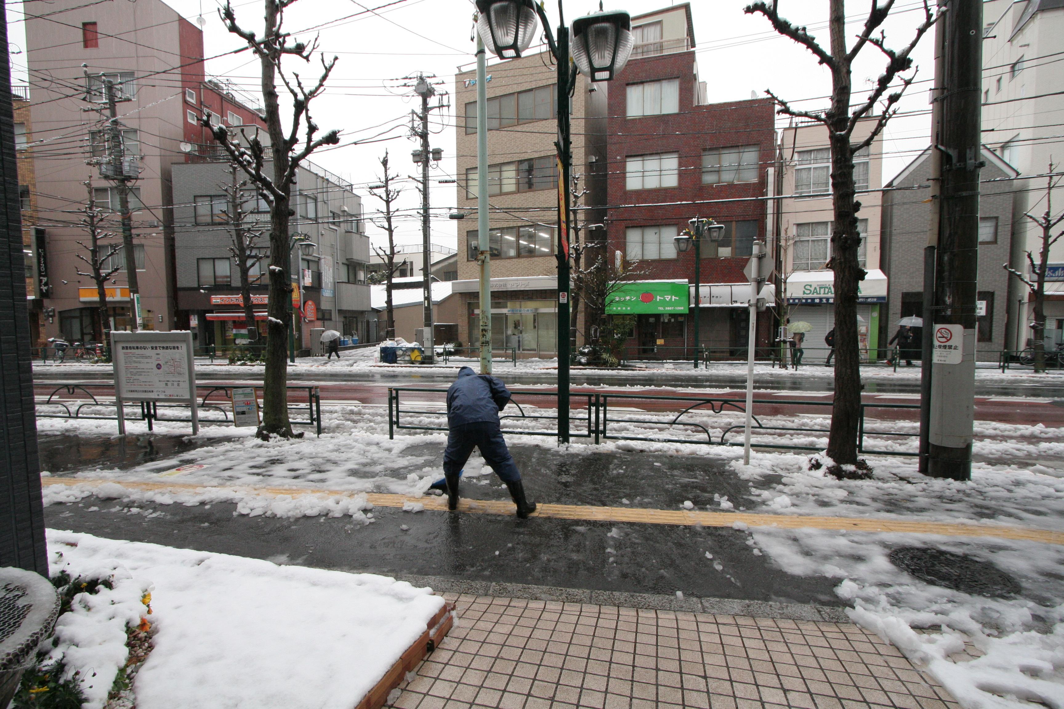 関東平野部でも積雪_03