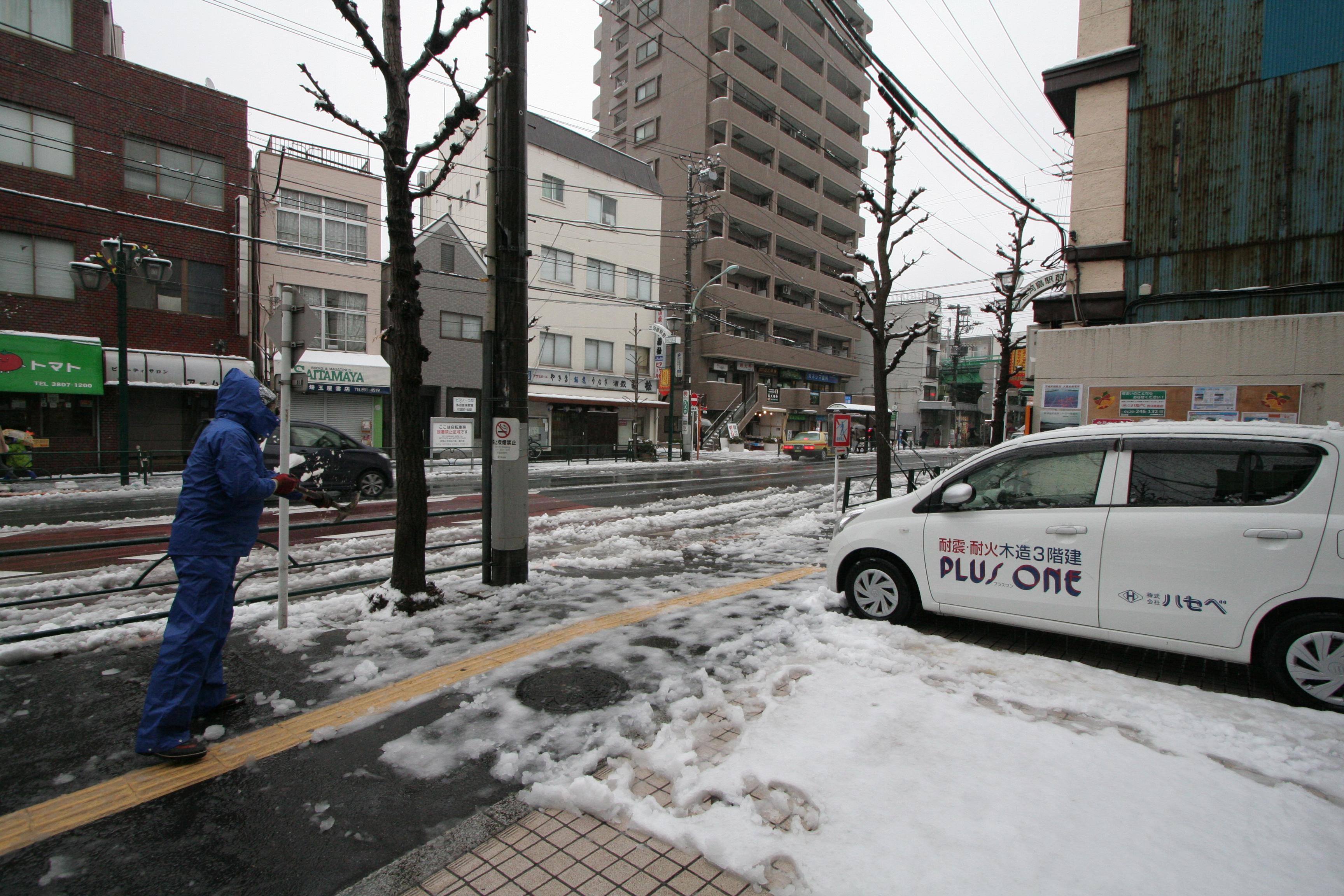 関東平野部でも積雪_02
