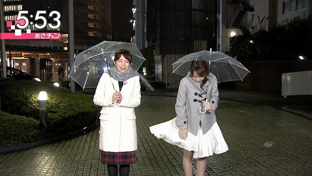 TBS「あさチャン」天気コーナーで風が吹きスカートがめくれる宇垣美里アナ