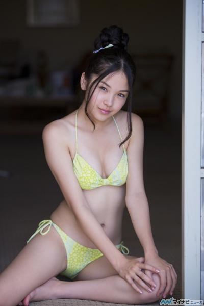 元アイドリング!!!、玉川来夢の水着グラビア