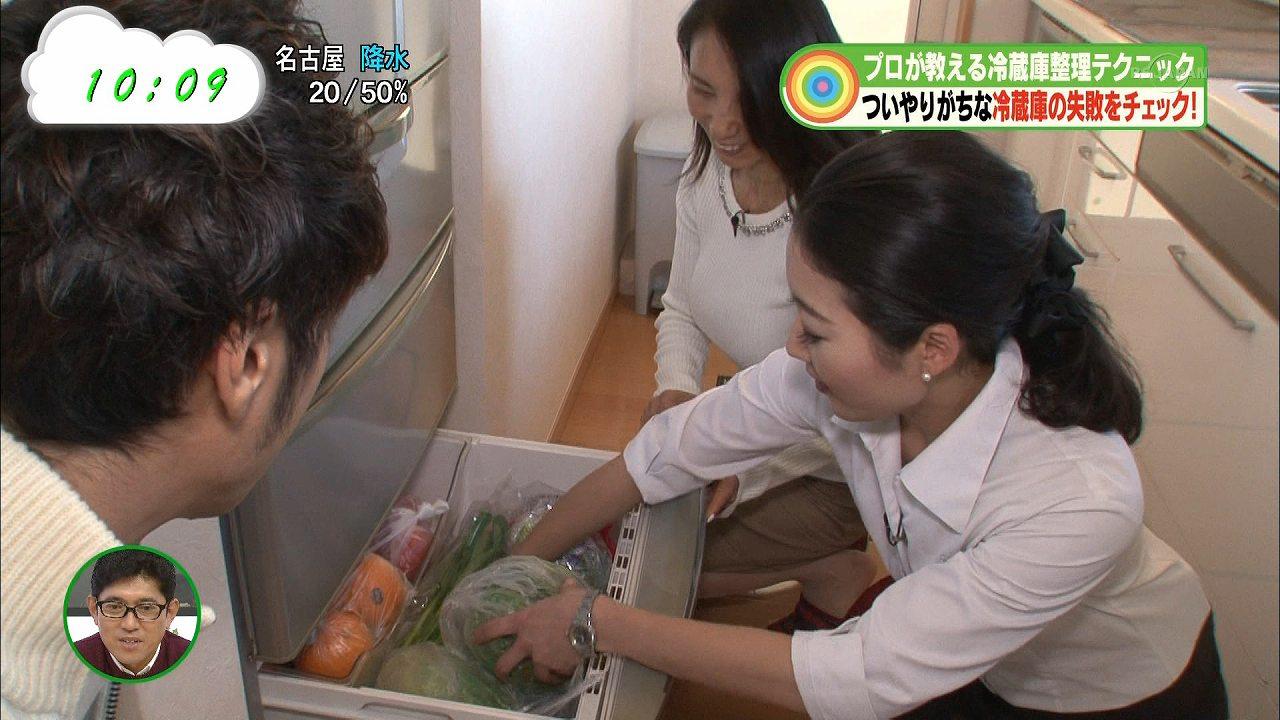 テレ東「なないろ日和!」冷蔵庫整理特集に出演した人妻の着衣おっぱい