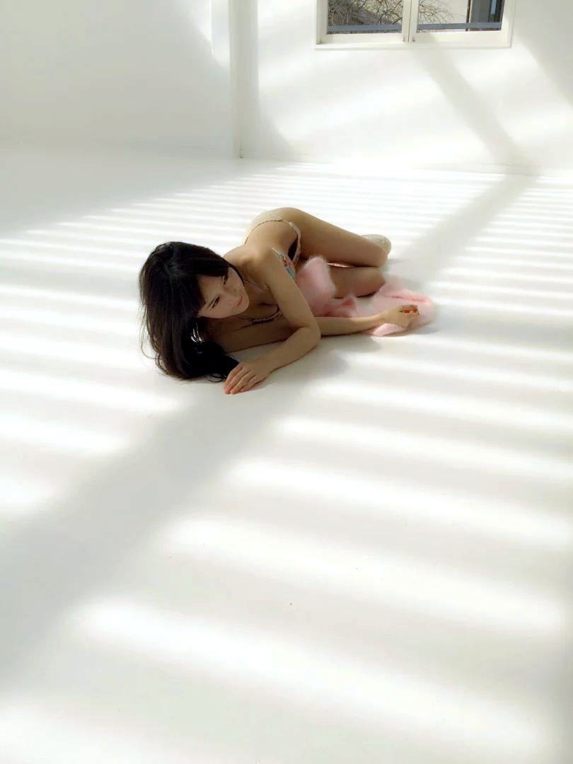 NMB48・矢倉楓子の水着グラビアオフショットにマン毛が写り込んでる