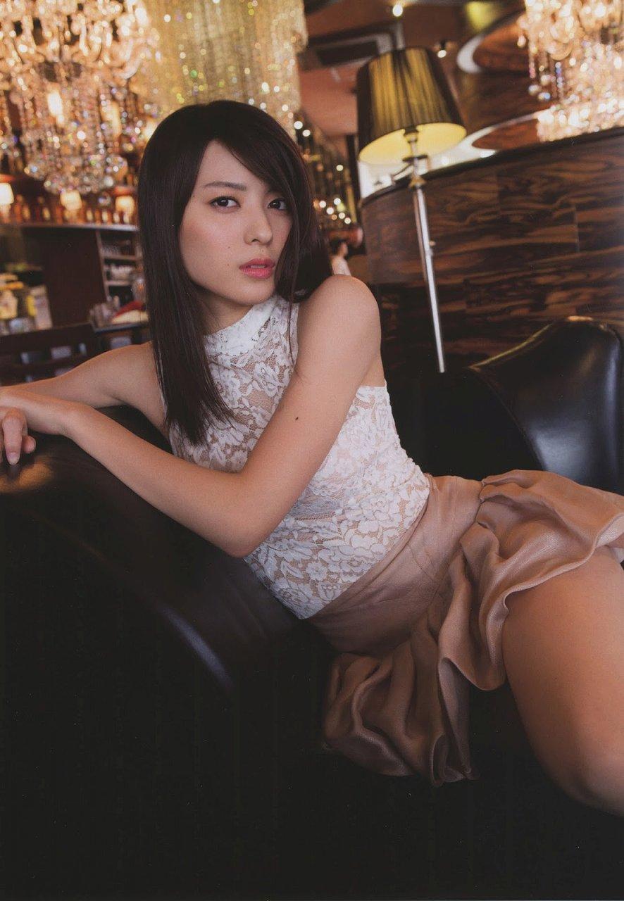 写真集「Nobody knows 23」セクシーな衣装を着た矢島舞美