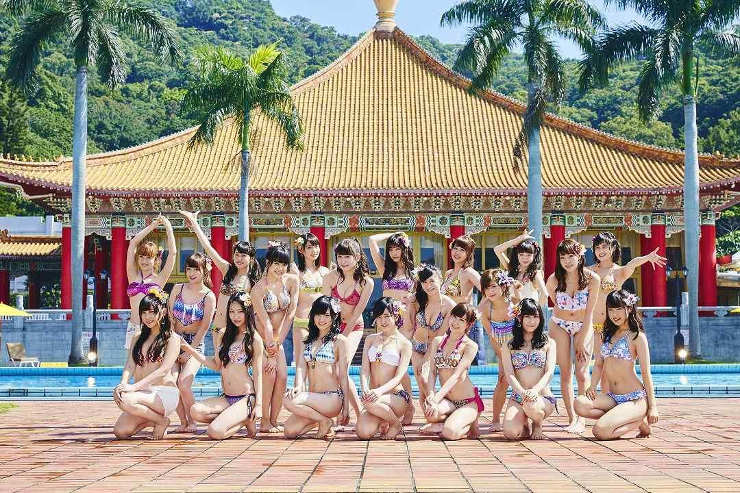 「ドリアン少年」のPVでビキニ水着を着たNMB48メンバー