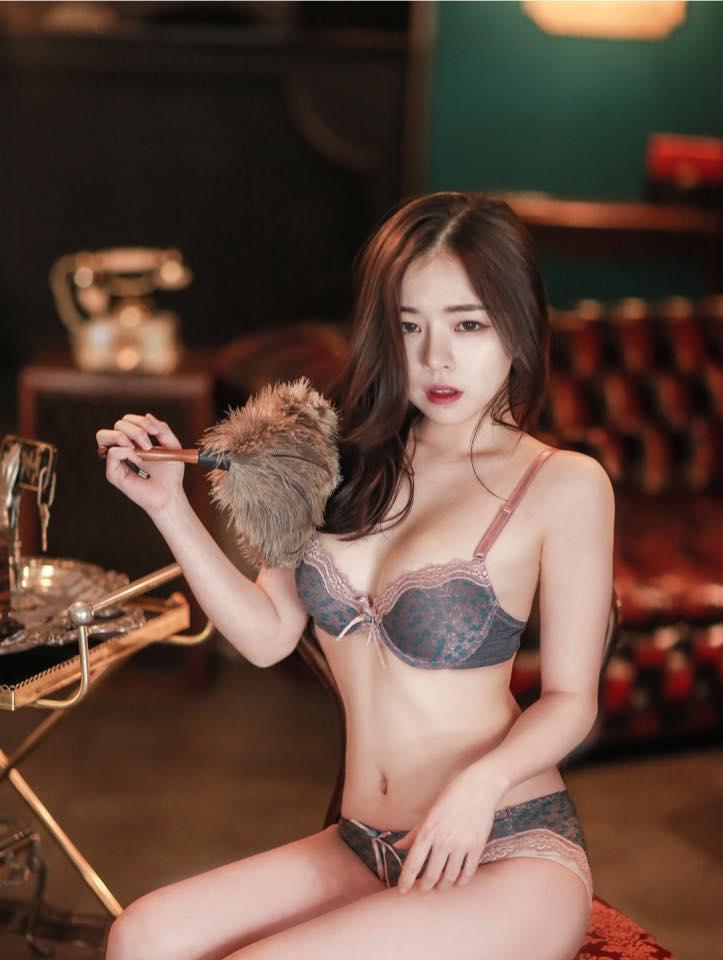 エロい韓国人の下着モデル