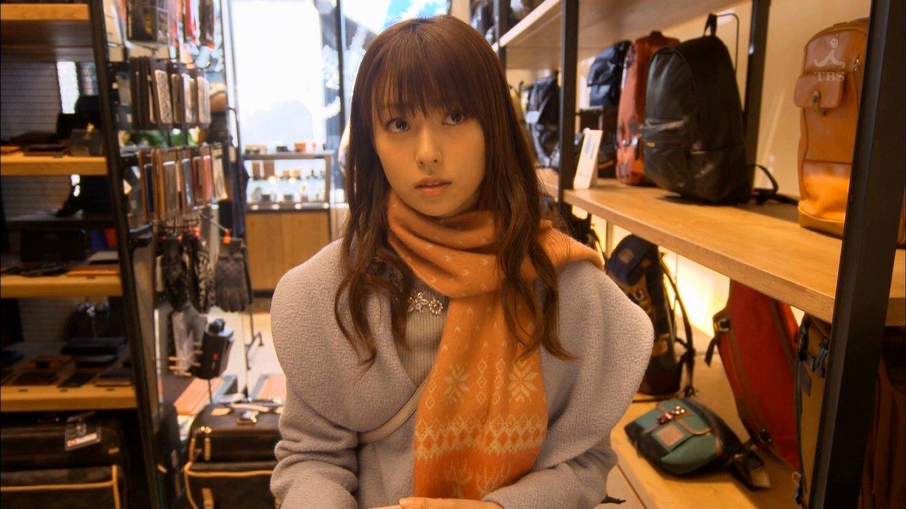 TBS「ダメな私に恋してください」でニットを着た深田恭子の着衣おっぱい