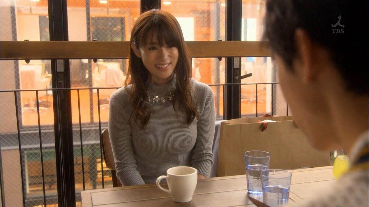 ドラマ「ダメな私に恋してください」でニットを着た深田恭子の着衣おっぱい