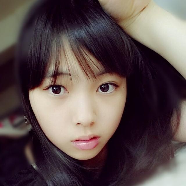 HKT48・山内祐奈の自撮り画像