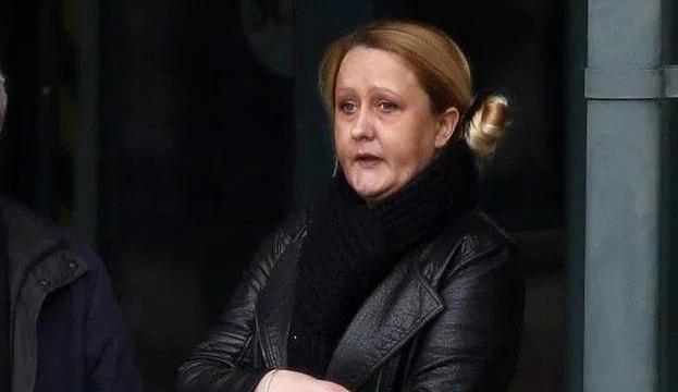 15歳の少年に性交を強要して逮捕された36歳の主婦(キャロライン・リーア)