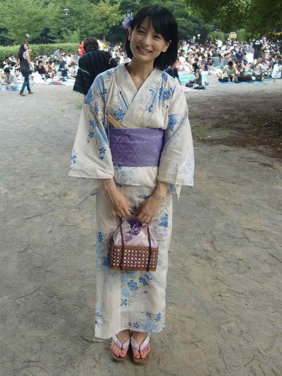 浴衣を着た上智大学ミスソフィアの多喜美奈子