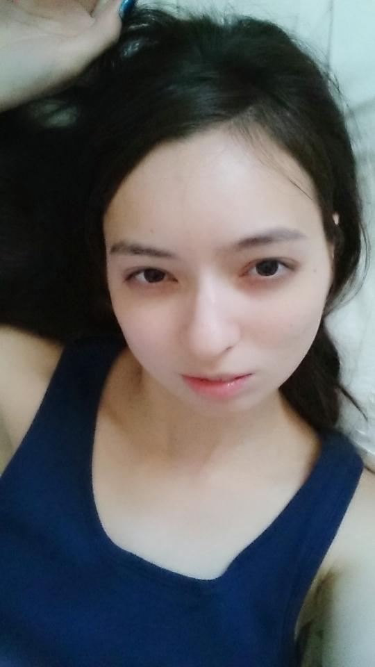 ベッキー似のAV女優・西田カリナのすっぴん