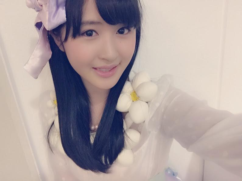 AKB48の佐藤妃星の自撮り画像