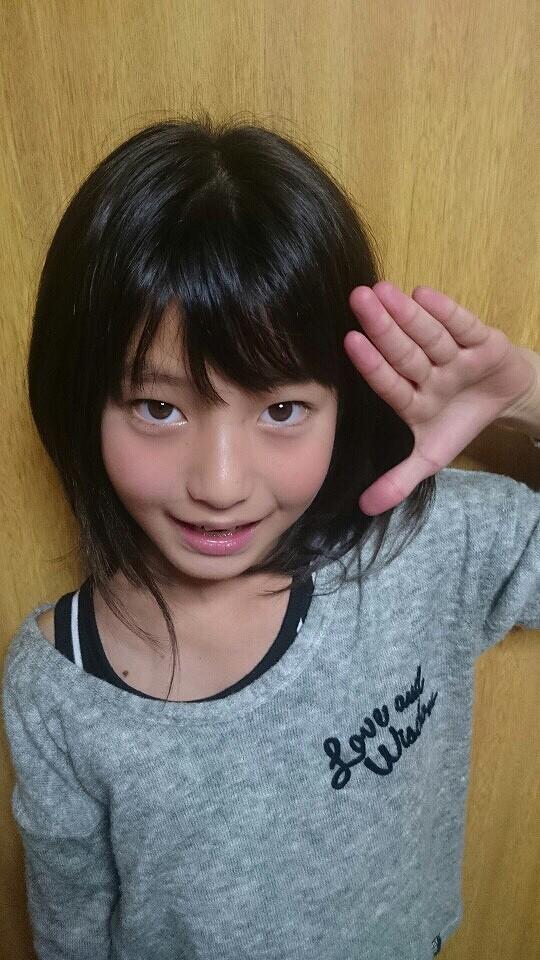 可愛い小学生、10歳の森川こころ