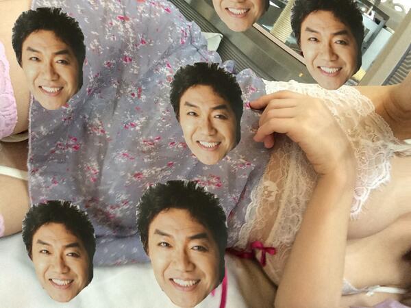 晶エリー(大沢佑香、新井エリー)がツイートした自分の下着おっぱいとコロッケの顔