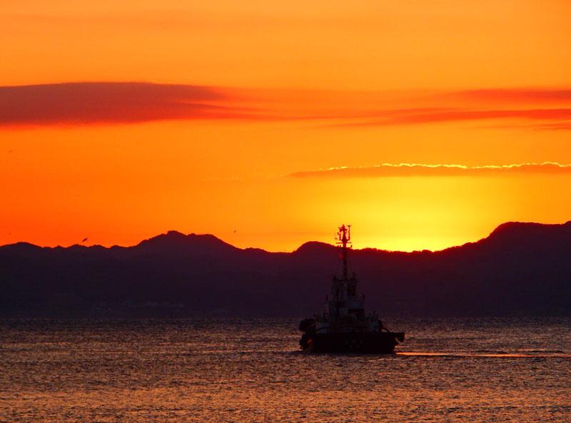 久里浜港からの日の出2