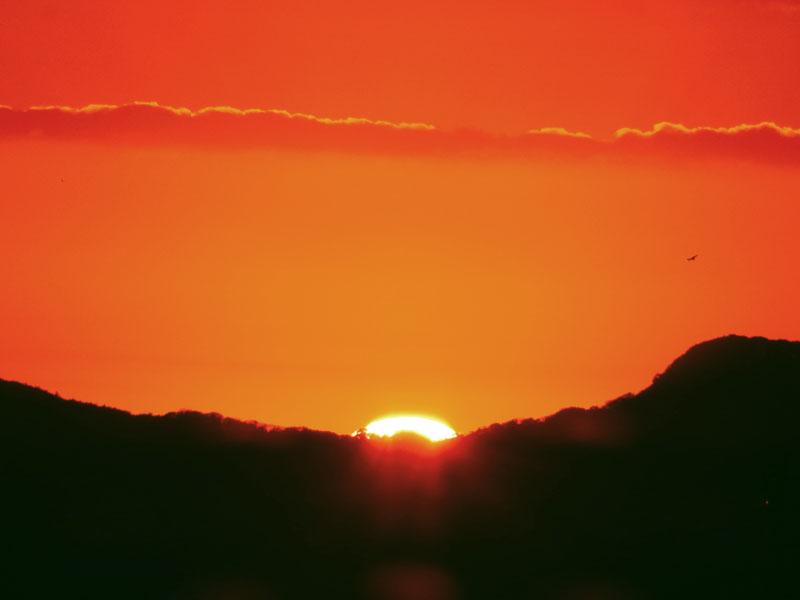 久里浜港からの日の出3