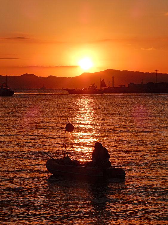 久里浜港からの日の出6