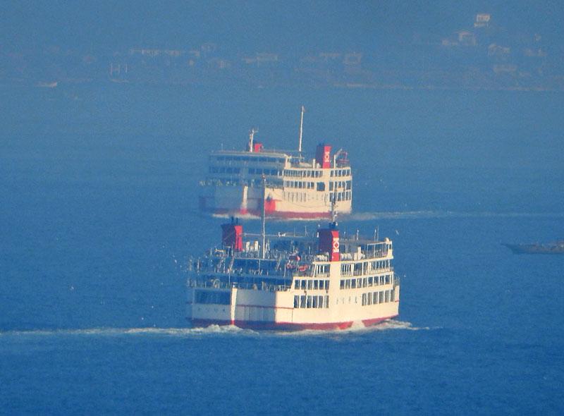 160104重なる東京湾フェリー2