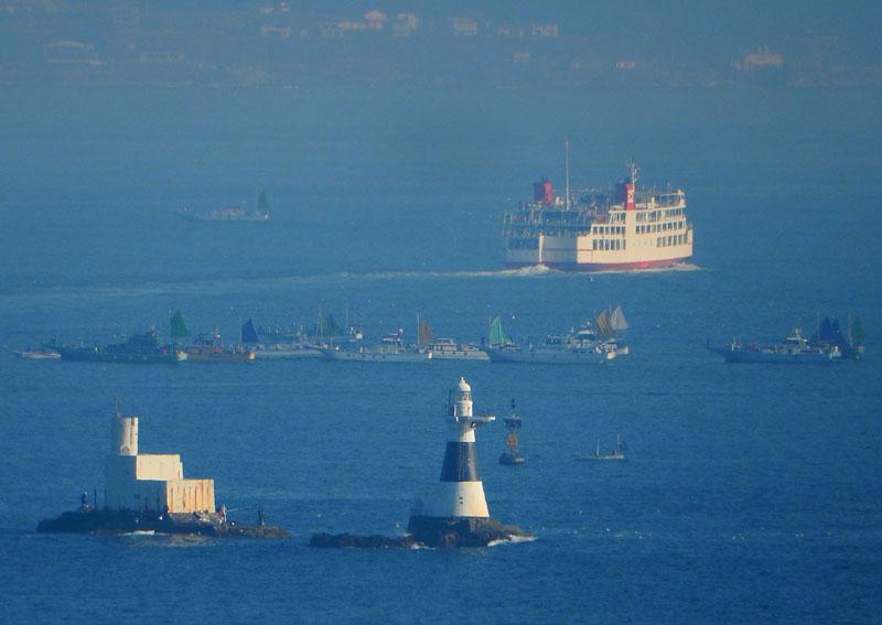 160104重なる東京湾フェリー3