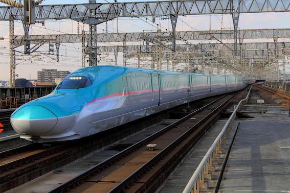 東北新幹線 はやぶさ号