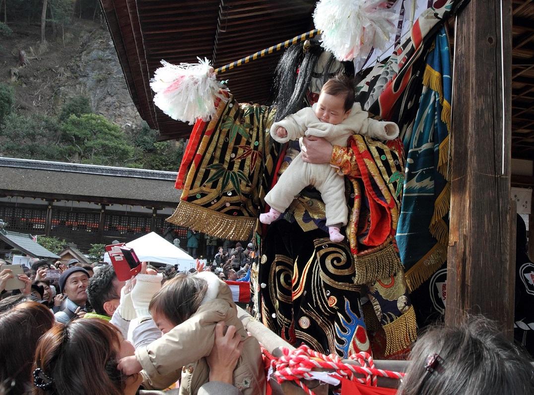 鬼舞台と赤ちゃん