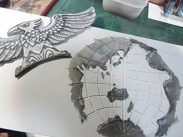 色付けした鷲と地球