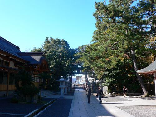 tsuruga1207005_R.jpg