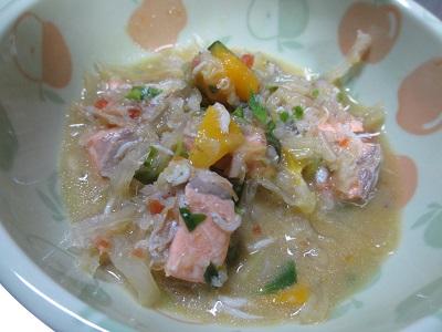 鮭とお野菜の味噌風味スープ