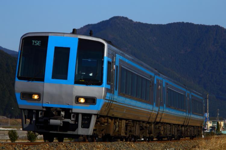 2000系TSE 双岩-伊予石城