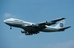 747初就航