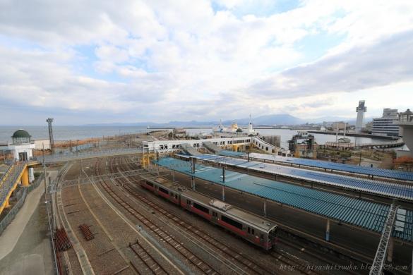 青森港と青森駅ーS-N