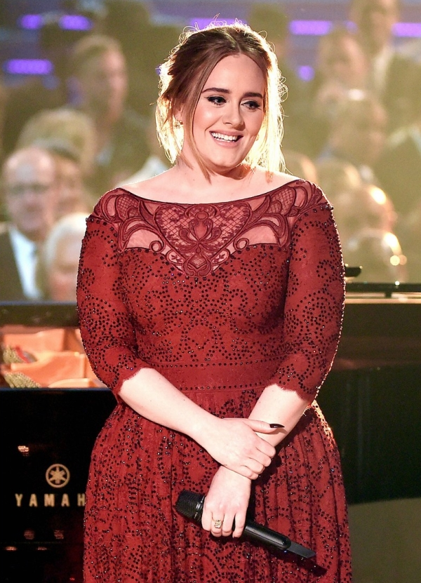 adele-performs-all-i-ask-at-grammys-2016-03.jpg