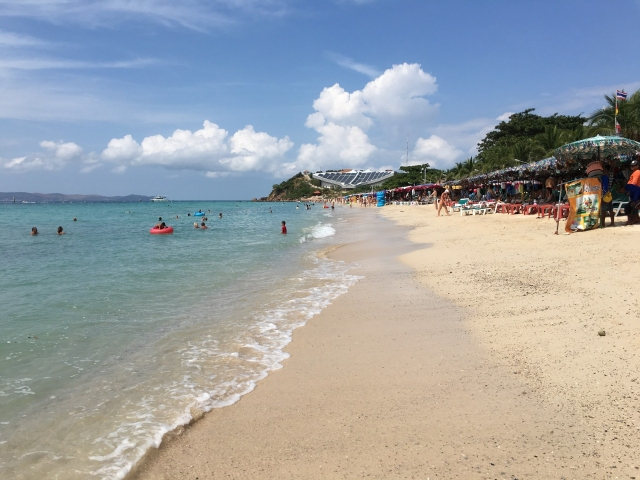 ラーン島のサマエビーチ
