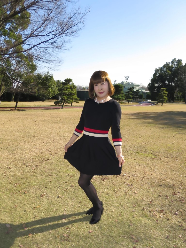 赤白ボーダー黒ワンピA(4)