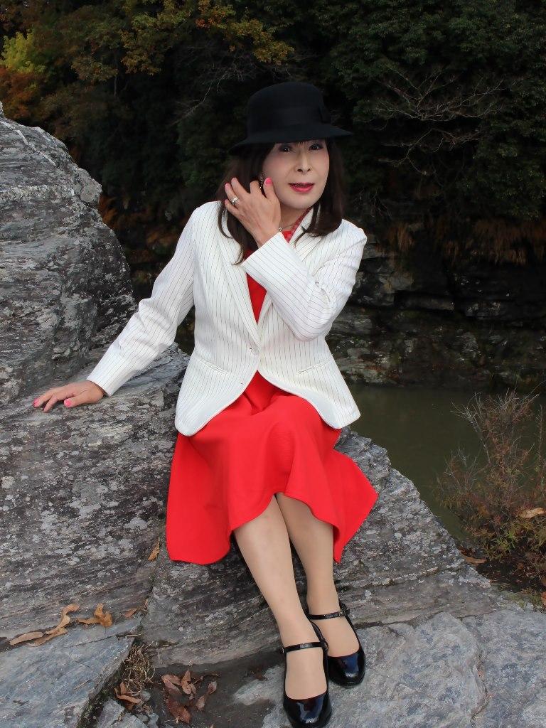 白上着赤ワンピA★(3)