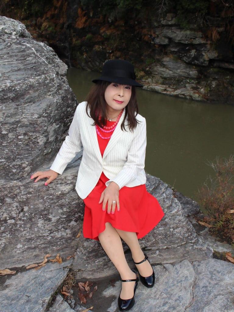 白上着赤ワンピA★(2)