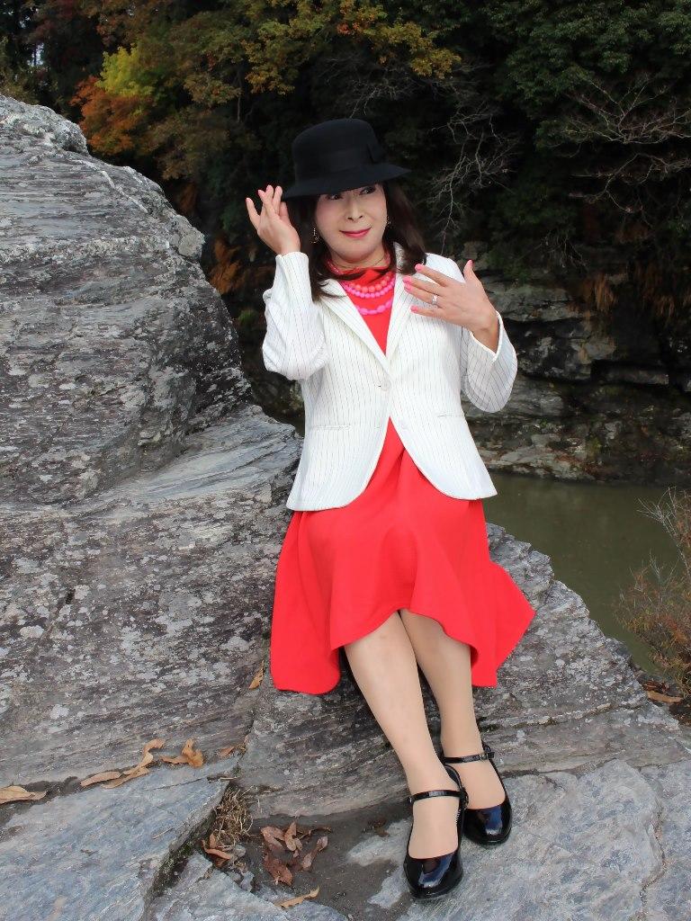 白上着赤ワンピA★(6)
