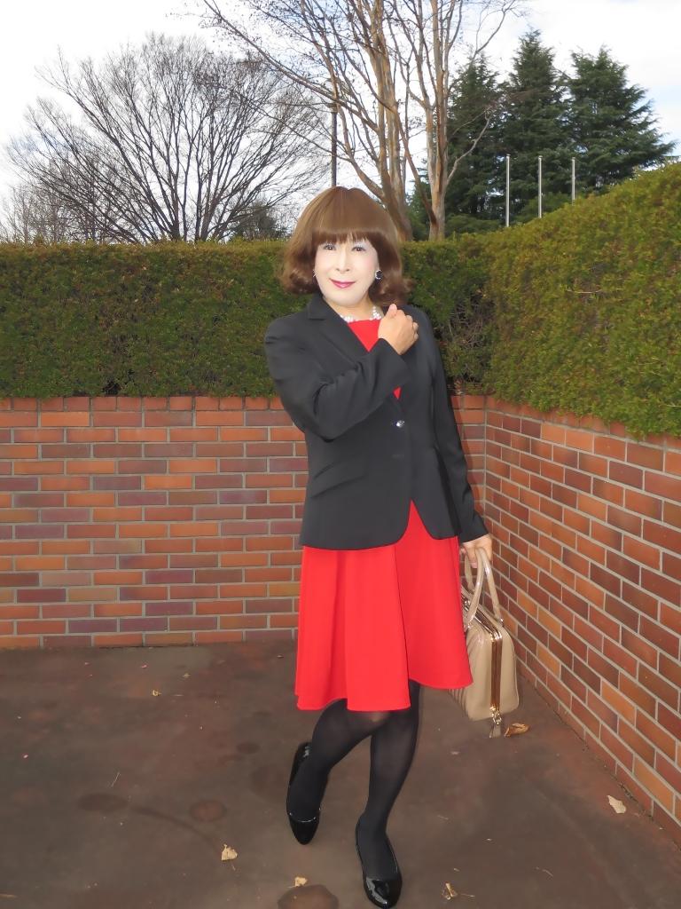 黒ジャケット赤ワンピA(4)