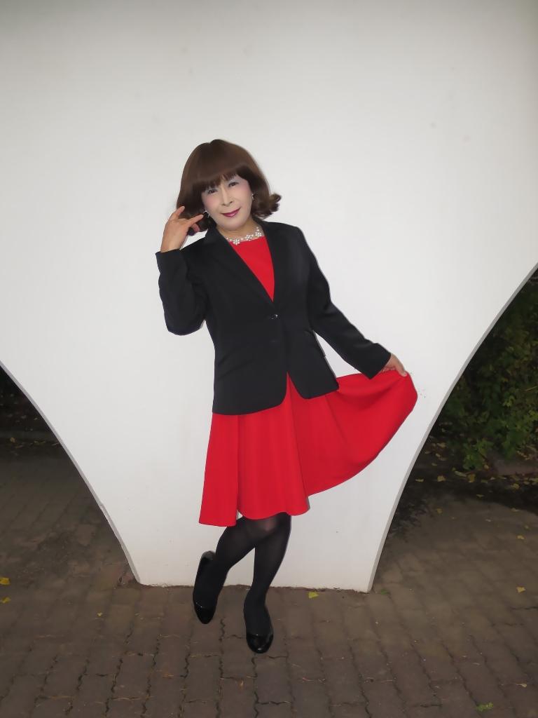 黒ジャケット赤ワンピB(5)