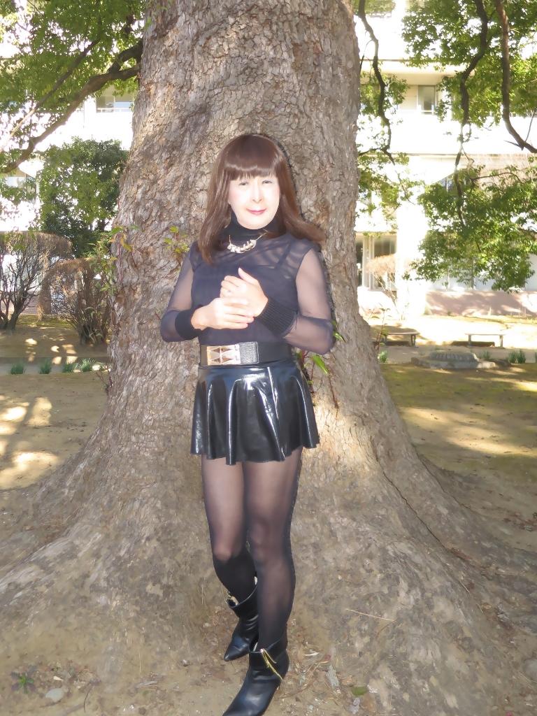 黒シースルートップス(4)