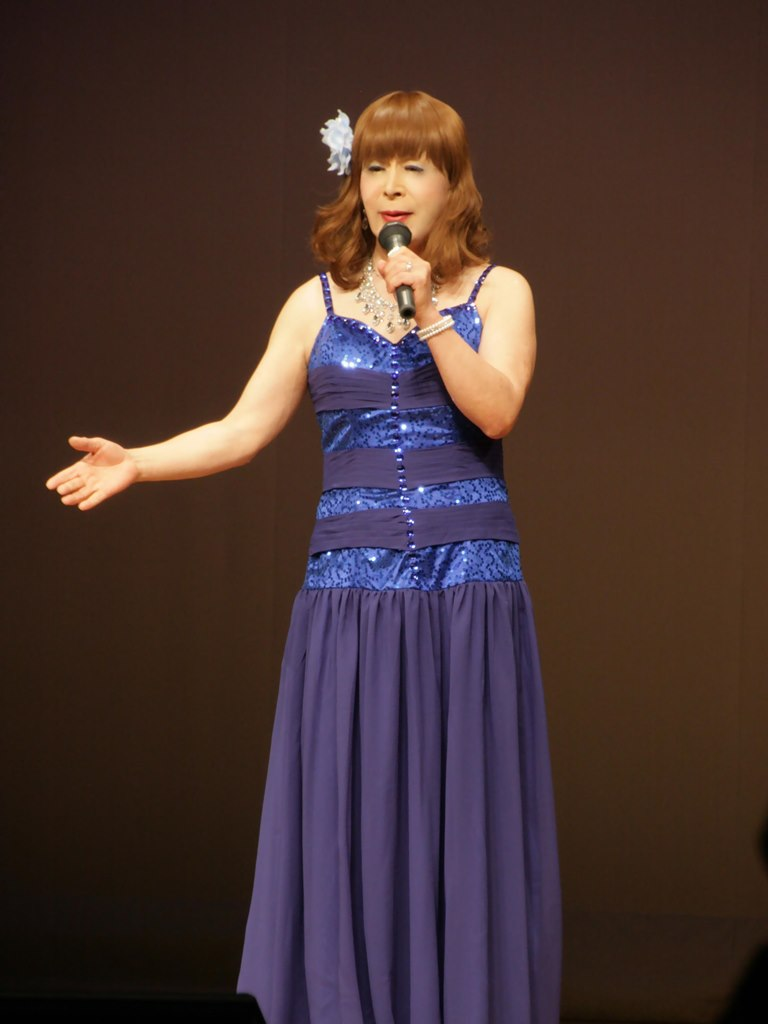 青紫のドレス舞台B(3)