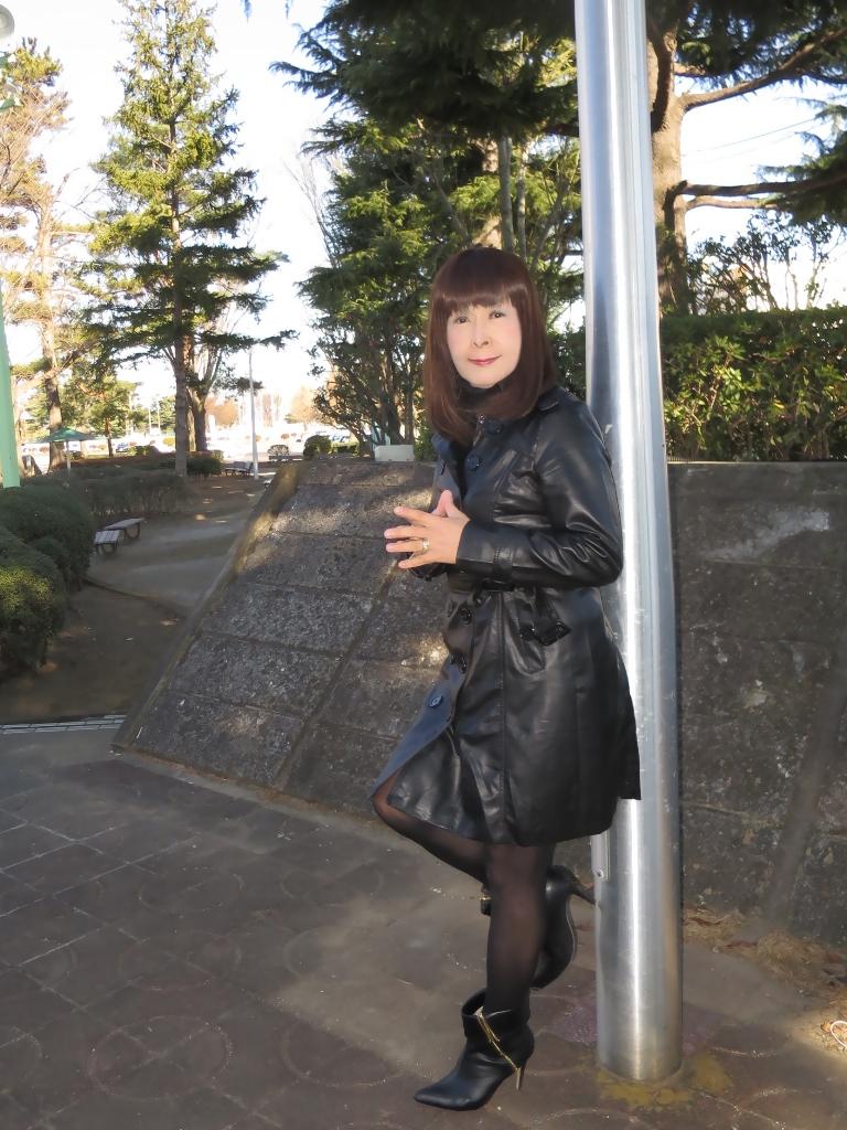 黒レザーコート(1)