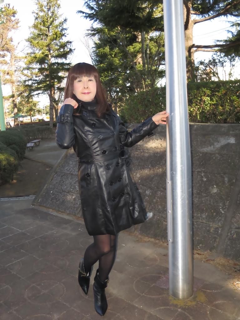 黒レザーコート(4)