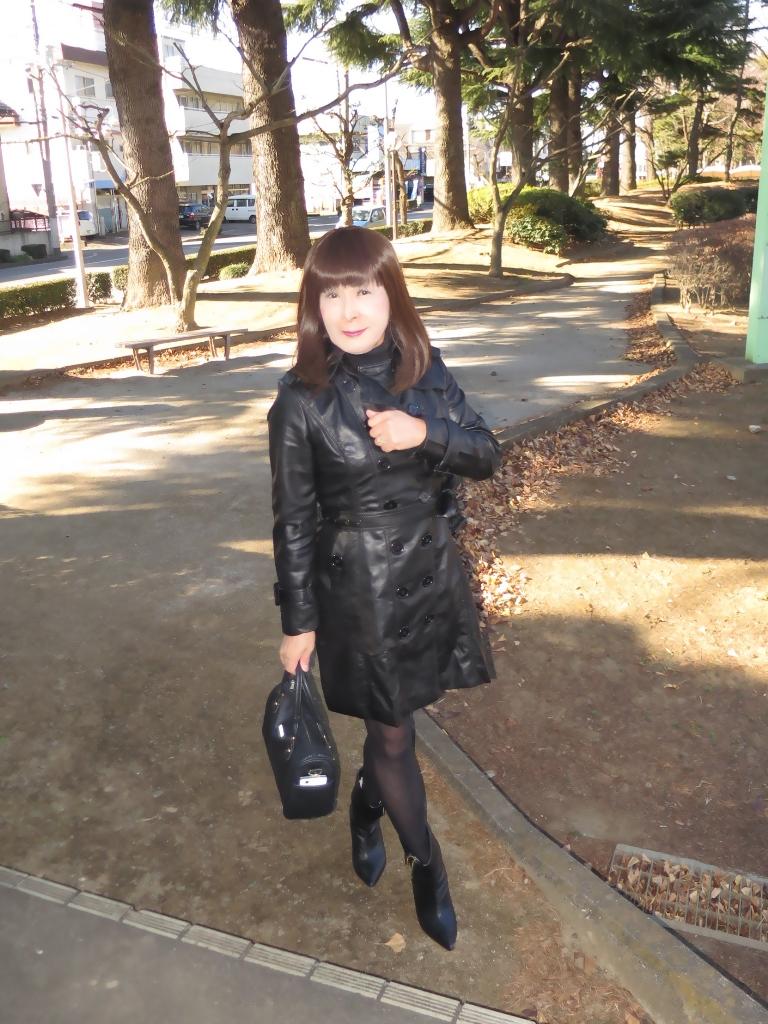 黒レザーコート(5)