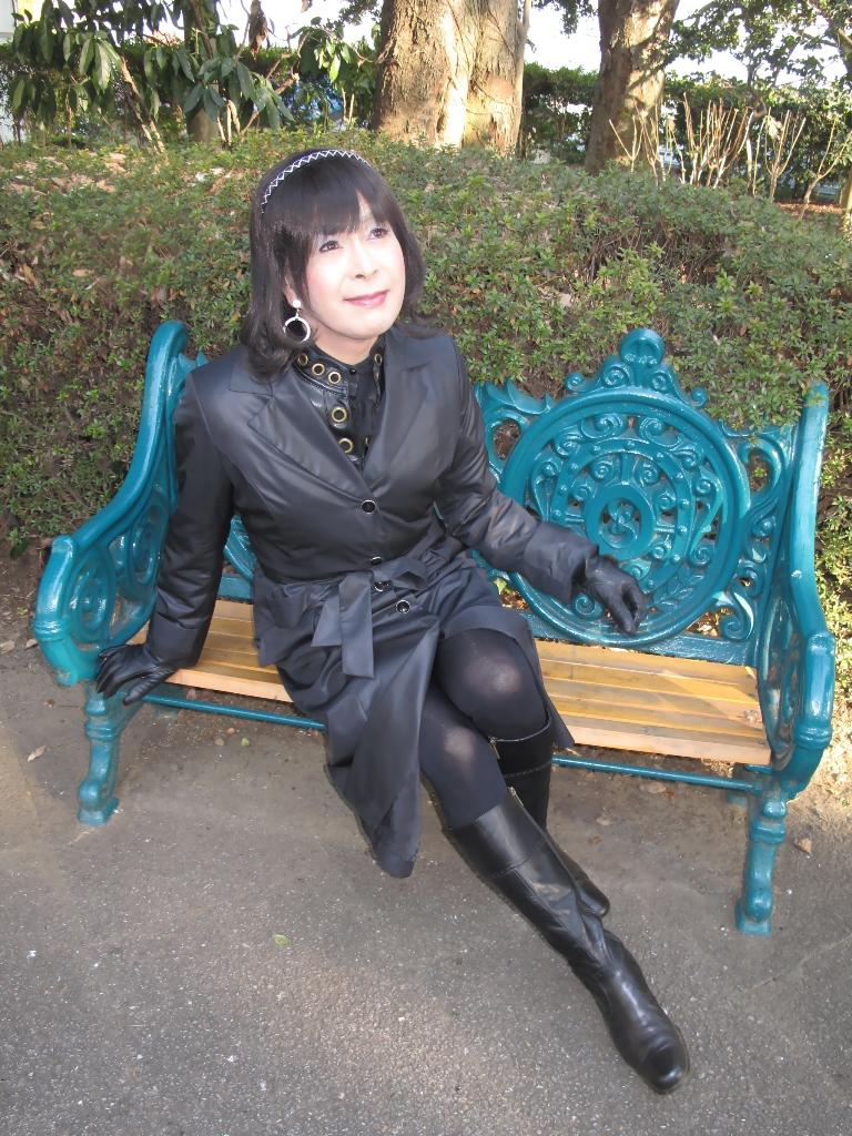 黒のコート(5)