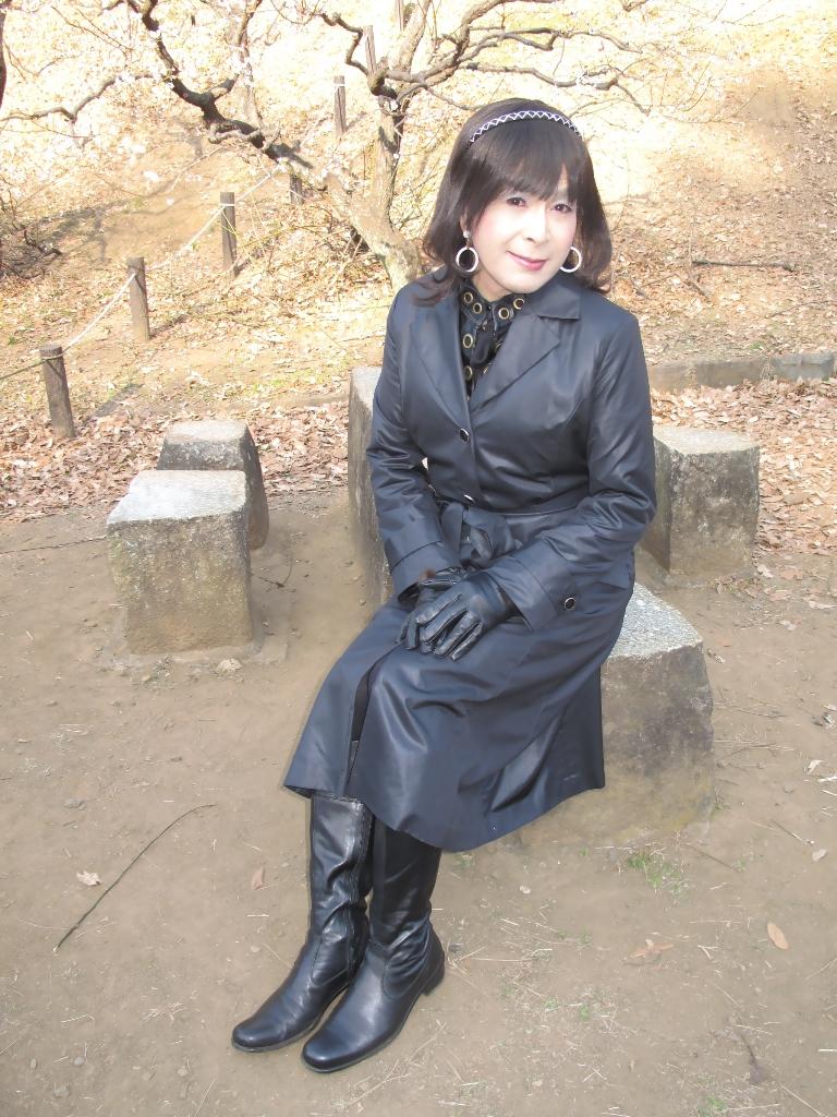 黒のコート(7)