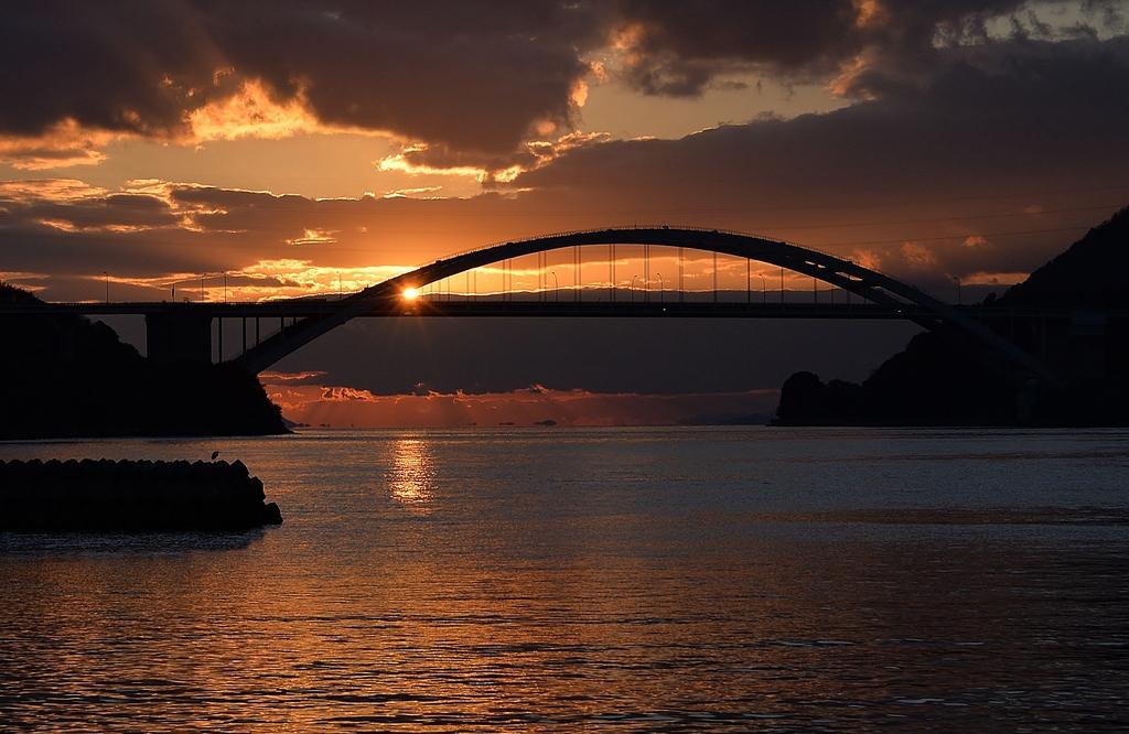大三島橋の夕景