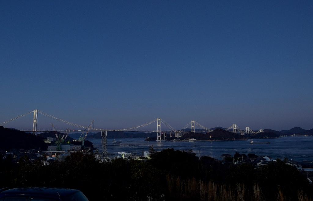 来島大橋ライトアップ2