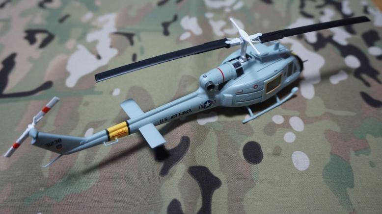 イージーモデルUH1空軍基地 (3)